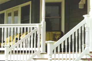 http://www.briarwoodmillwork.com/wp-content/uploads/2015/08/briarwood-millwork-railing.jpg