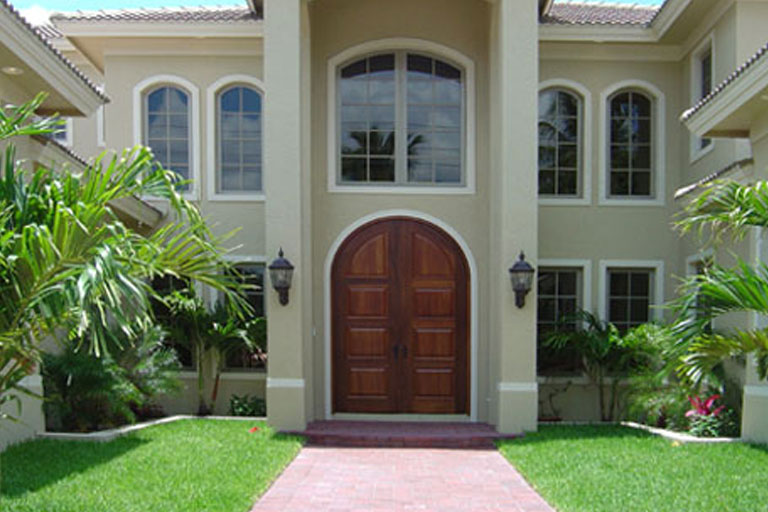 http://www.briarwoodmillwork.com/wp-content/uploads/2015/08/signature-wood-doors.jpg