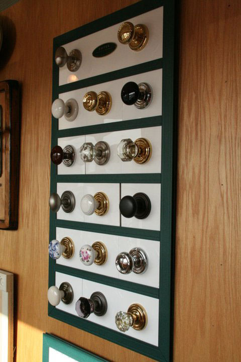 http://www.briarwoodmillwork.com/wp-content/uploads/2015/09/briarwood-miilwork-knobs.jpg