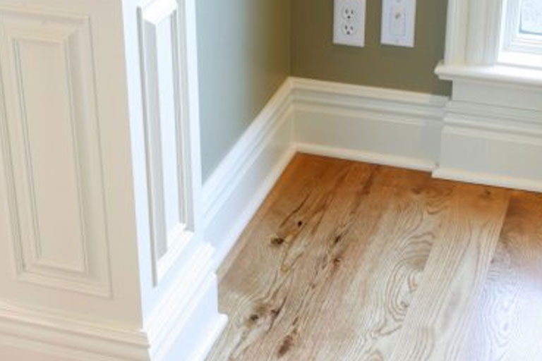http://www.briarwoodmillwork.com/wp-content/uploads/2015/10/mouldings3.jpg