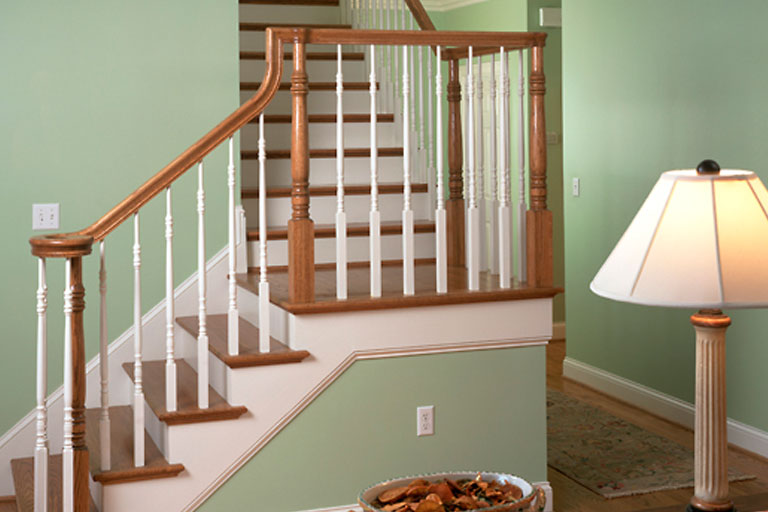 http://www.briarwoodmillwork.com/wp-content/uploads/2015/10/stairs3.jpg